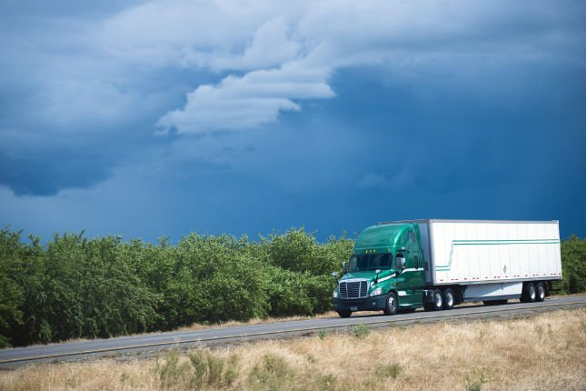 What Are the Benefits of Being a Truck Driver - Phoenix Trucking Jobs