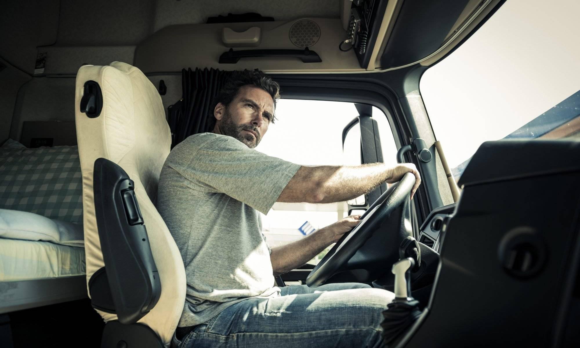 How to Get a CDL in AZ   Phoenix Trucking Jobs